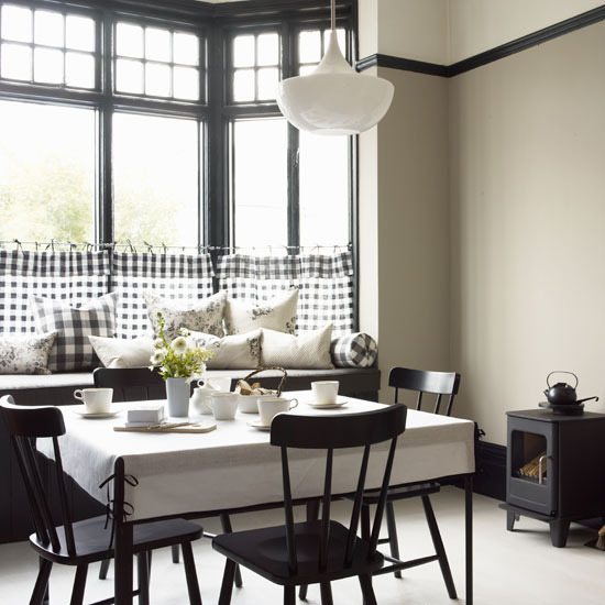 10 Tips For Creating The Most Relaxing French Country: Bistro Style Kitchens